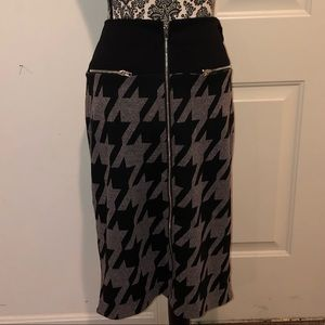 NWT printed pencil skirt